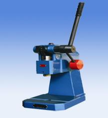 J03-1.3型精密手動壓力機